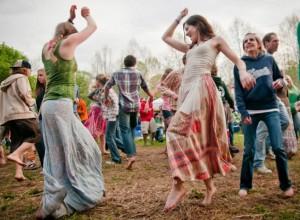 CF_DancingGirls